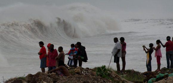 ap_hurricane_haiti_as_161004_12x5_1600